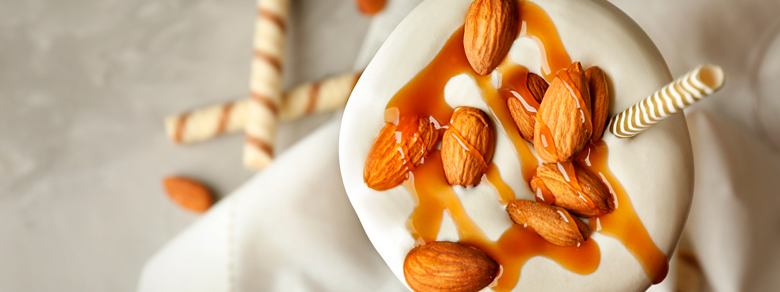 banner-home-carino-ingredientes-caldas-coberturas-chocolate-frutas-nuts-caramelo